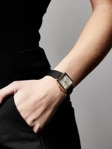 Pilgrim Uhr ''Bell'' gold / schwarz