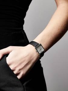 Pilgrim Uhr ''Bell'' schwarz / silber