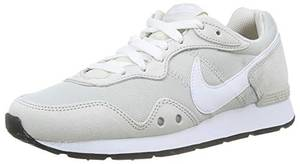 Nike Womens Venture Runner Sneaker, Light Bone/White-Light Bone,38 EU